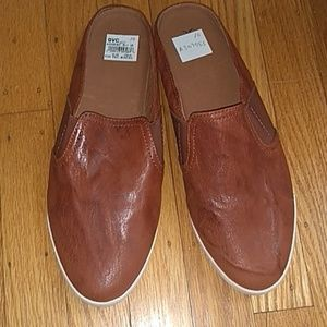 FRYE LEATHER MULES